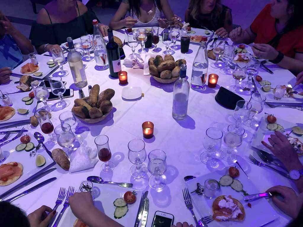 diner spectacle EVG Paris