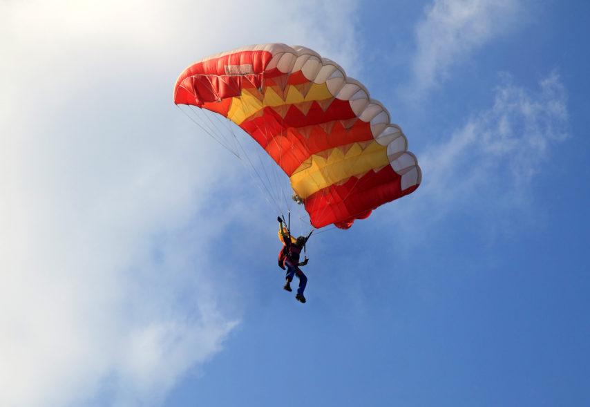 saut en parachute baptème enterrement de vie de garçon