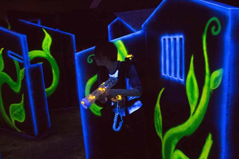 Laser game EVG activité journée enterrement de vie de garçon