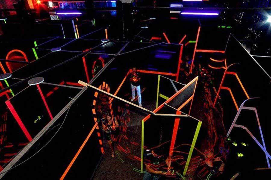 Laser game EVG pour enterrement de vie de garçon à Paris