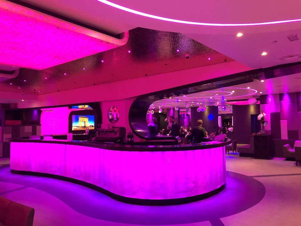 Restaurant et discothèque pour une soirée complète au Duplex